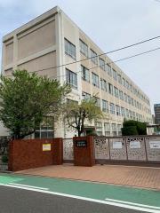 笈瀬中学校
