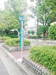 「地下鉄出戸」バス停留所