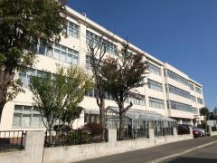 栄町中学校