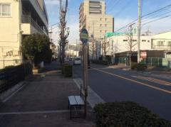 「八尾郵便局前」バス停留所