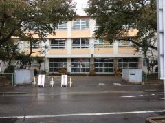 中野山小学校