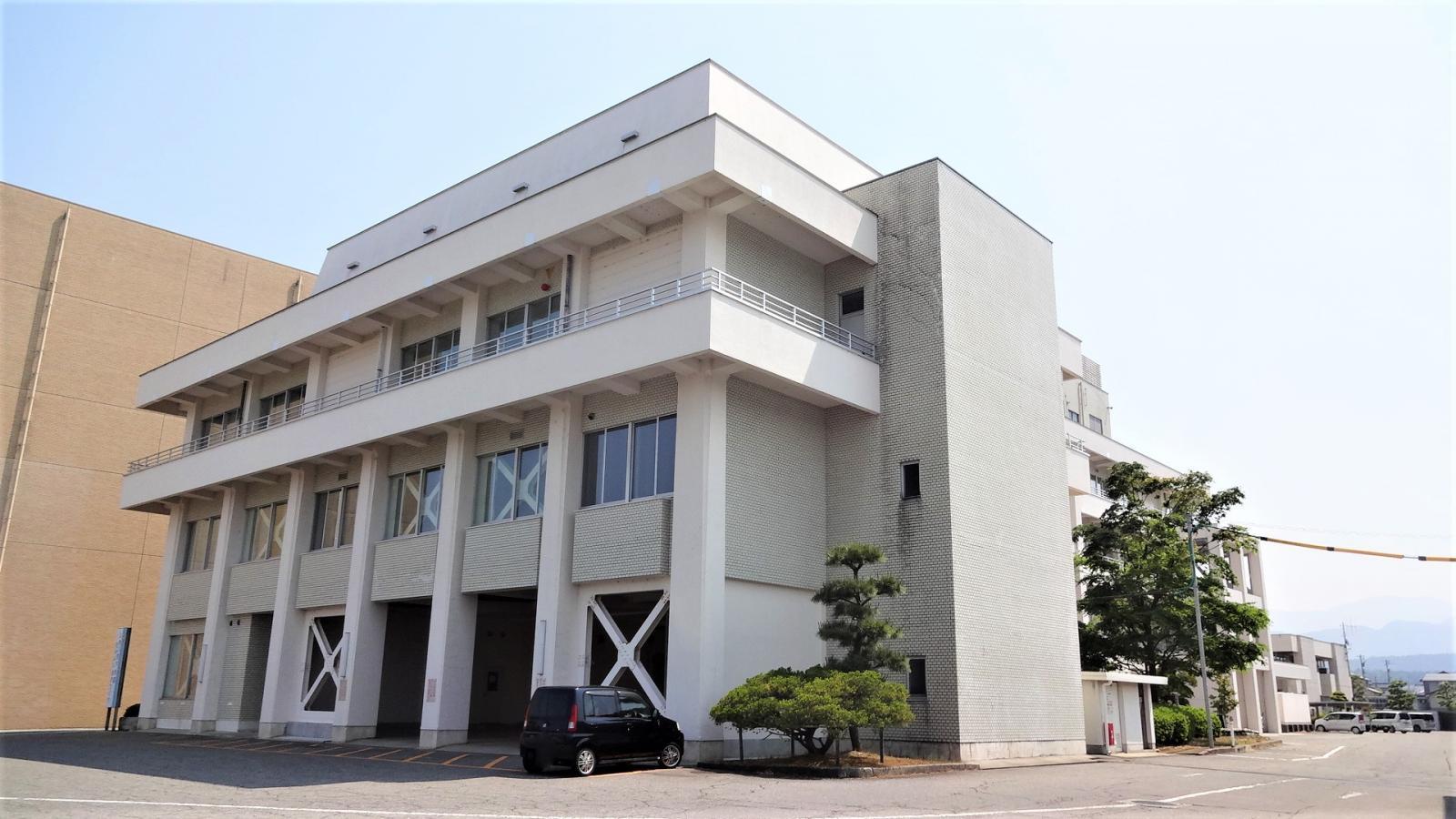 上市町役場