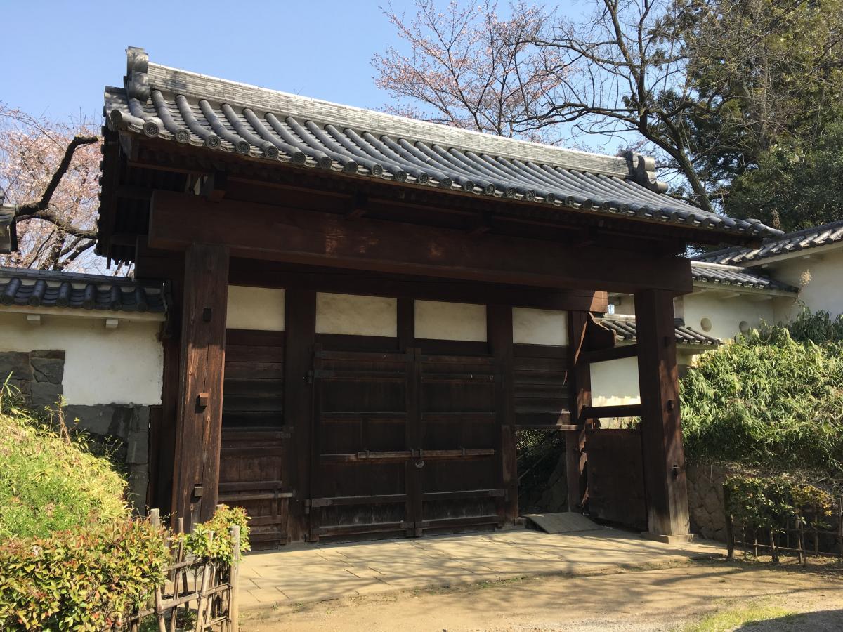 土橋門(お城内部より)