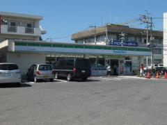 ファミリーマート 松江西川津店