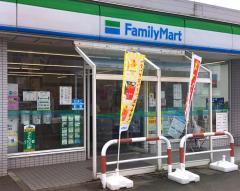 ファミリーマート 金沢疋田店