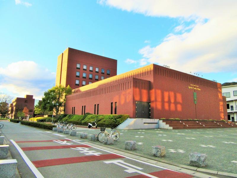 大学 山梨 学院
