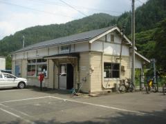 陸中川井駅