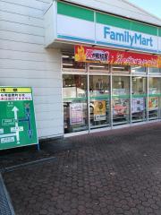 ファミリーマート 関本PA店