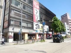 セブンイレブン 熱田神宮前店