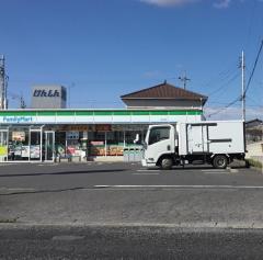 ファミリーマート 境山神店